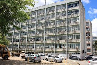 Repartições e outros órgãos não funcionarão nesta segunda devido ao dia do Servidor Público