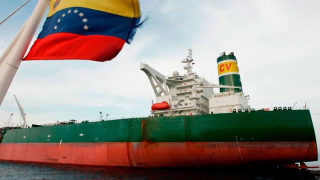 Venezuela envía cerca de 100.000 barriles diarios de productos petrolíferos clandestinamente a Cuba