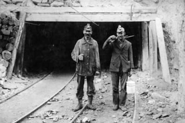 Όταν οι Έλληνες δούλευαν χωρίς χαρτιά σαν «λαθρομετανάστες» στις ΗΠΑ και έχαναν τη ζωή τους – Η έκρηξη στα ορυχεία της Γιούτα (photos)