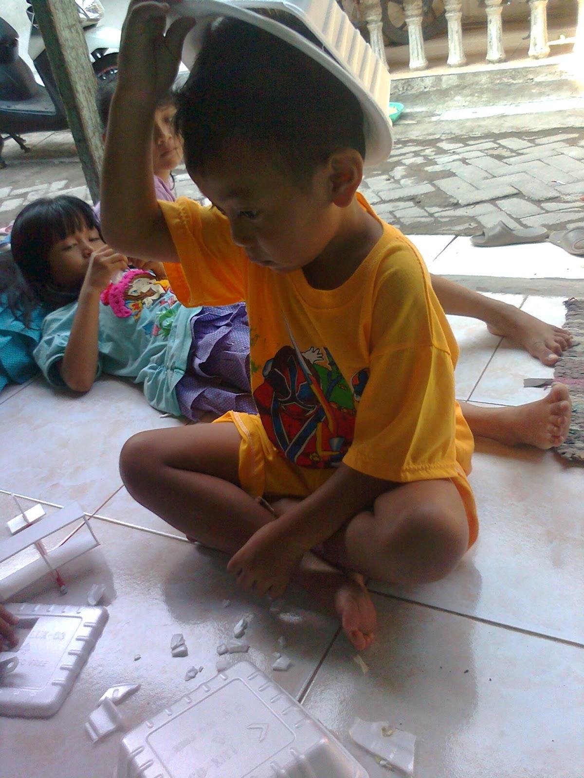 Kreasi Membuat Mainan dan Permainan Sederhana