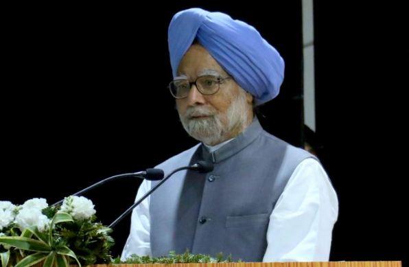 बड़ी आर्थिक मंदी की तरफ जा रहा देश: मनमोहन सिंह - newsonfloor.com