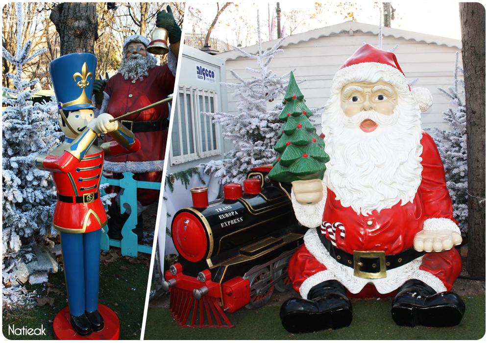 Père Noël au marché de Noël des Champs -Elysées