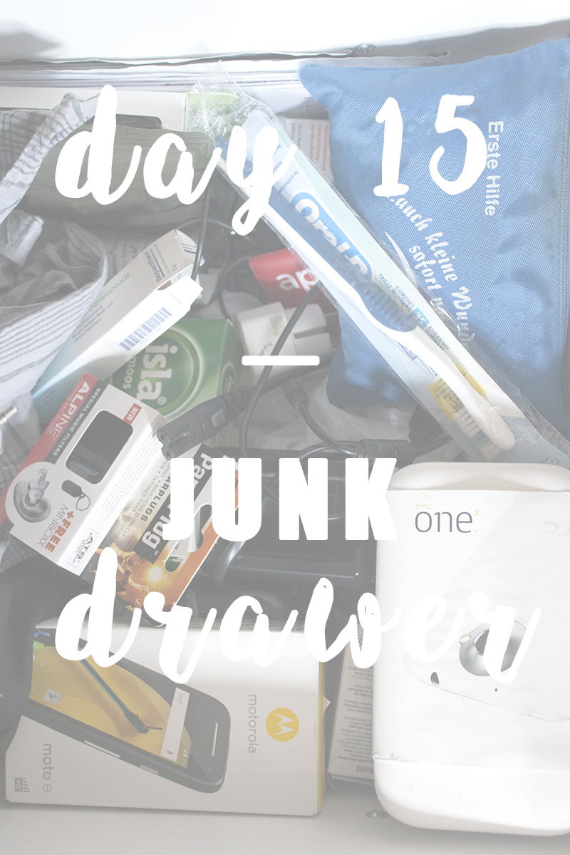 https://be-alice.blogspot.com/2017/10/day-15-junk-drawer-decluttering.html