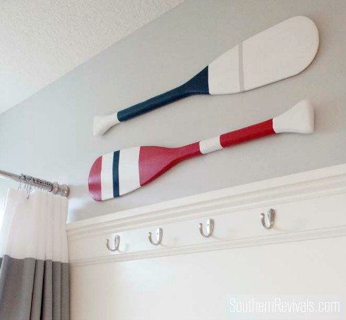DIY Painted Oars Wall Decor for Bathroom