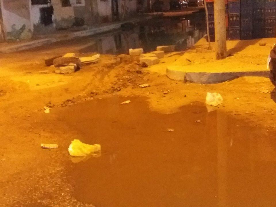 الصرف الصحي يغرق ( الغريب ) بالسويس