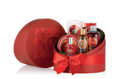 Gift Delux Strawberry_The Body Shop_INR 5350
