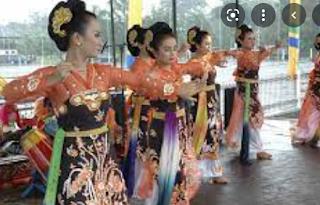 bagaimana caranya melestarikan dan mengembangkan tari yang ada di indonesia