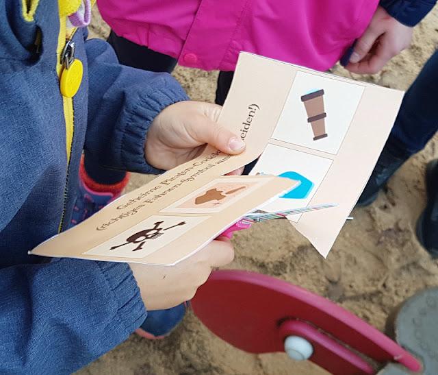 Piraten-Schatzsuche für Kinder ab 4 Jahren: Wir berichten von unseren Erfahrungen, mit Vorbereitungen, Basteln und Fazit.