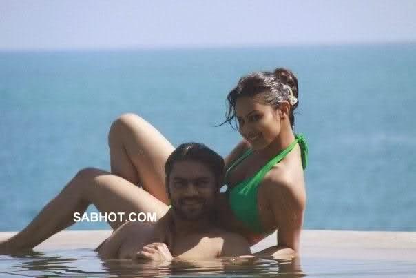 Mouni Roy Naked Photo