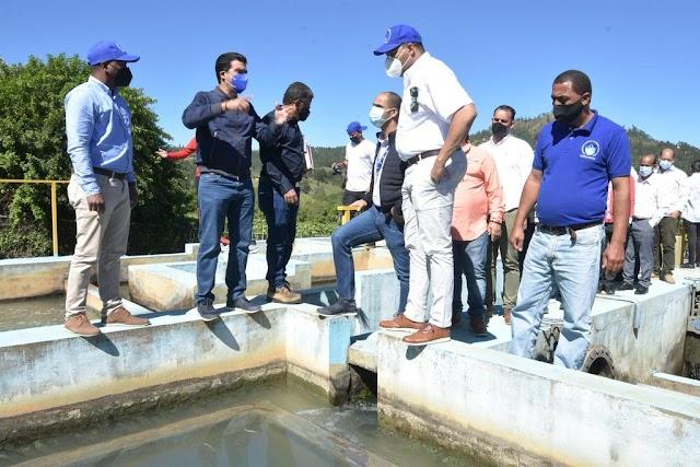 El INAPA y CORAAVEGA aúnan esfuerzos para restaurar acueductos de La Vega