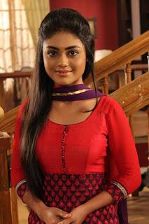 Biodata dan Foto Sreejita De sebagai Mukta Vishnu Kashyav