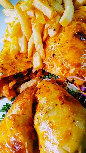 Mexico chicken/lamb sandwich cheese mozzarella lazat food delivery