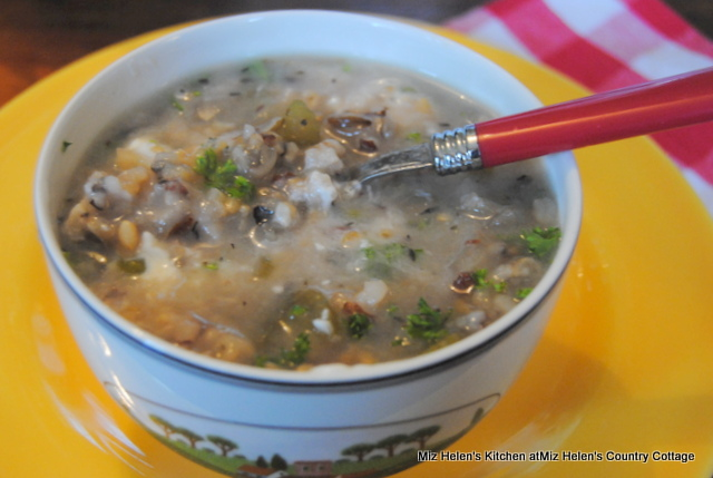Slow Cooker Ham and Wild Rice Soup