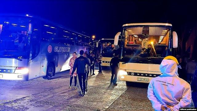 Armenios que viven en Turquía regresan a su patria