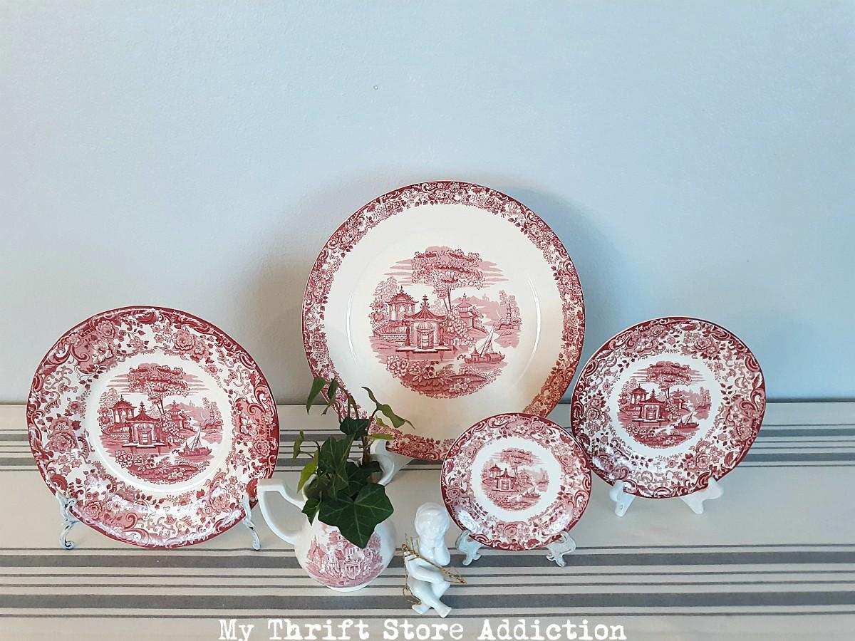 red and white transferware valentine vignette