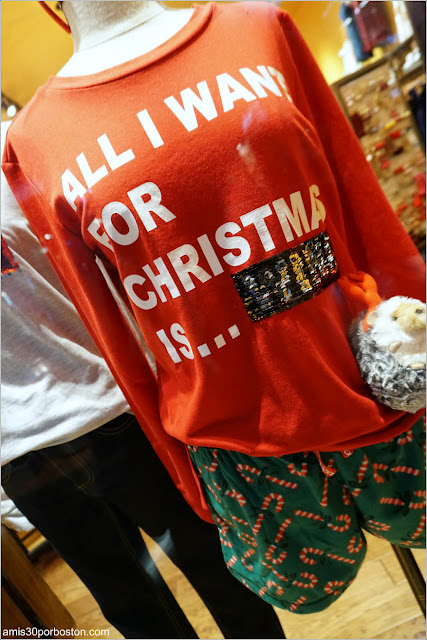 Navidad en Las Vegas 2017: Pijama Ugly Christmas en un Escaparate del Hotel Planet Hollywood