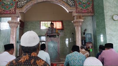 Gunakan Bahasa Umat, Dai Kamtibmas Polres Lobar Dorong Percepatan Pencegahan Covid-19 di Lombok Barat