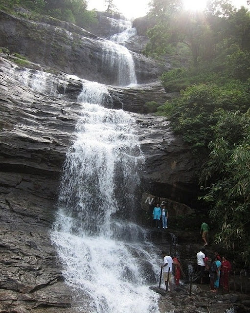 Cheeyappara Waterfalls Munnar, Best Places to Visit in Munnar