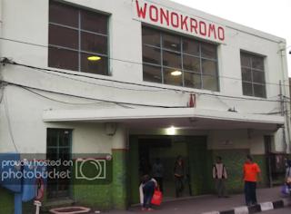 Cara Naik Gojek Grab di Stasiun Wonokromo Surabaya yang Aman