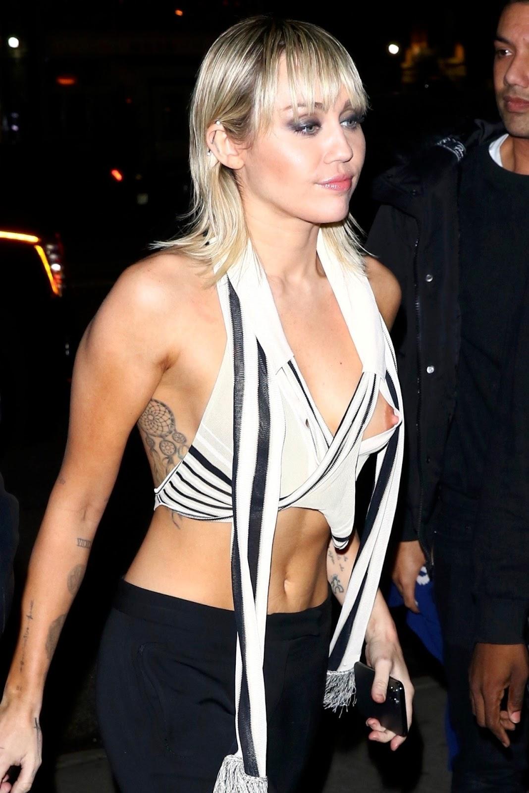 Miley Cyrus suffers wardrobe malfunction after runway moment at New York Fashion Week