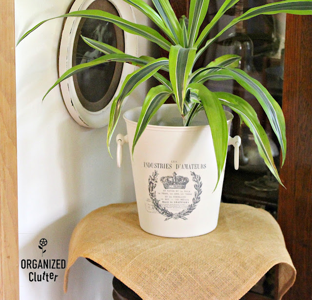 Upcycled Metal Flowerpot #primamarketing #imagetransfer #frenchpots #upcycle