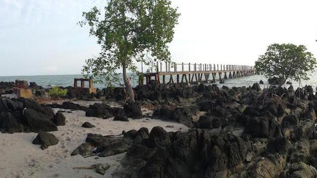 Pasir Pantai Pulau Maspari Sumatera Selatan