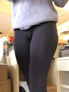 Cameltoe marcado leggins pegados