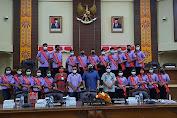Terima Finalis Remaja Teladan Wilayah Minut, BILLY LOMBOK Berbagi Pengalaman