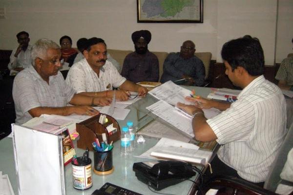 सीएम घोषणाओं को समय पर पूरा करना सुनिश्चित करे अधिकारी, ADC पार्थ गुप्ता