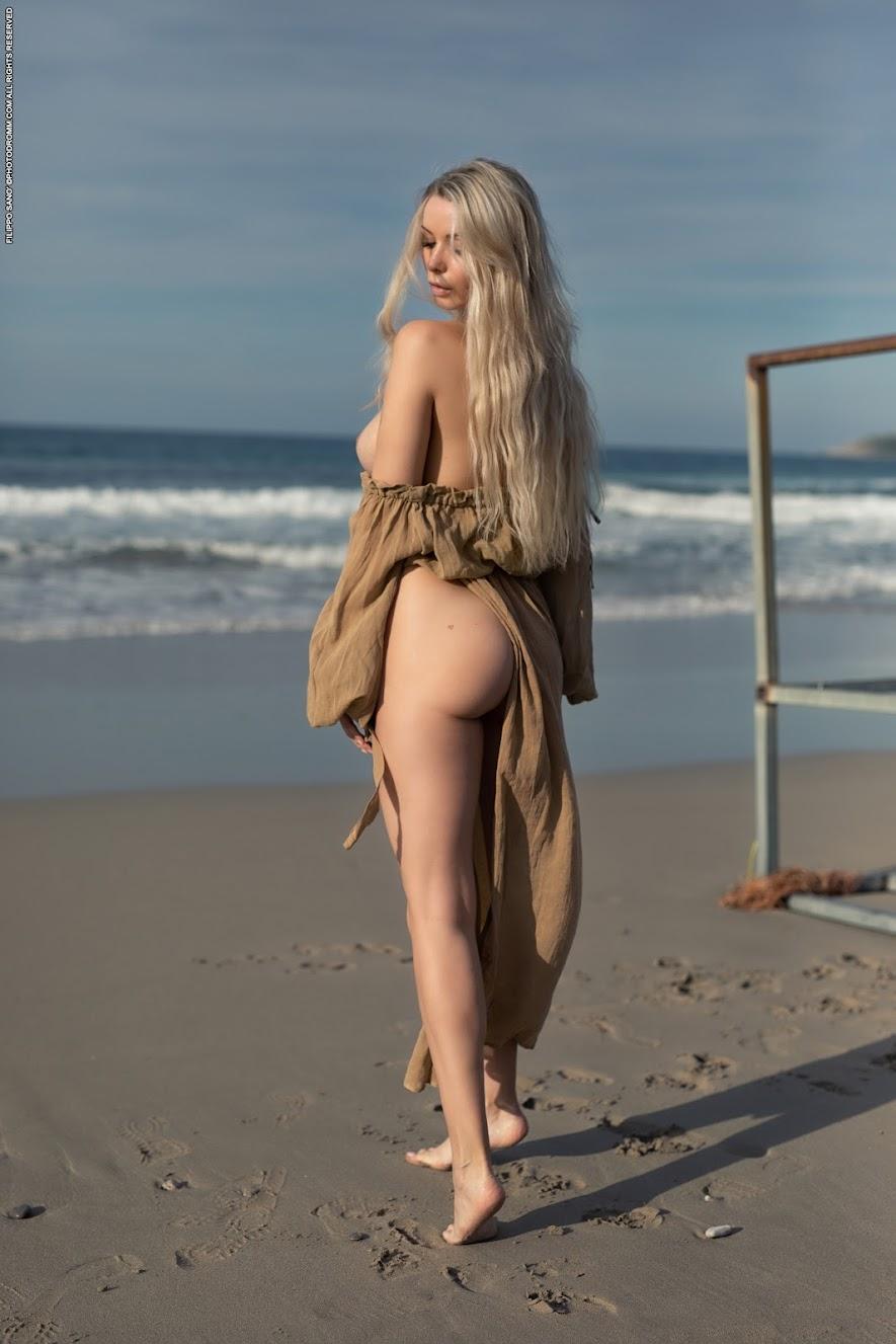 [PhotoDromm] Katya - The Winter Sea