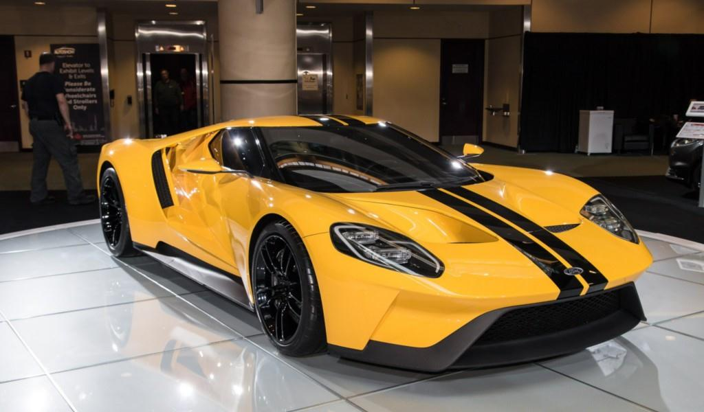 FORD GT, 2017's Hottest Cars.