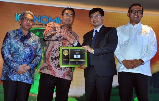 PT Semen Padang Diganjar Gold Brand Equity Award