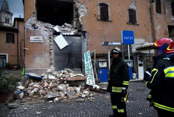 Sobe para 28 mil total de vítimas do terremoto na Itália