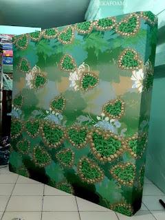Kasur inoac motif bunga love hijau atau ijo