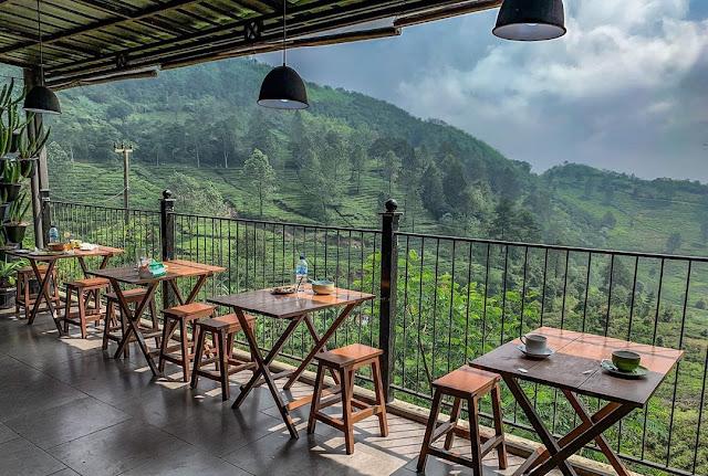 Harga Menu dan Alamat Dara Cafe Puncak Pass Cisarua Bogor