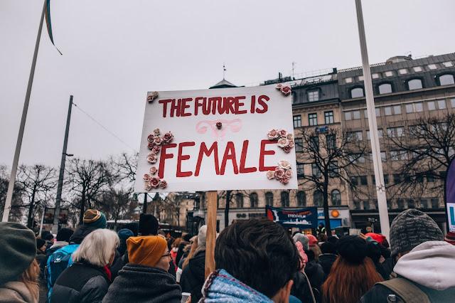 Feminazi : Aku Merdeka, Kalian Terbelenggu