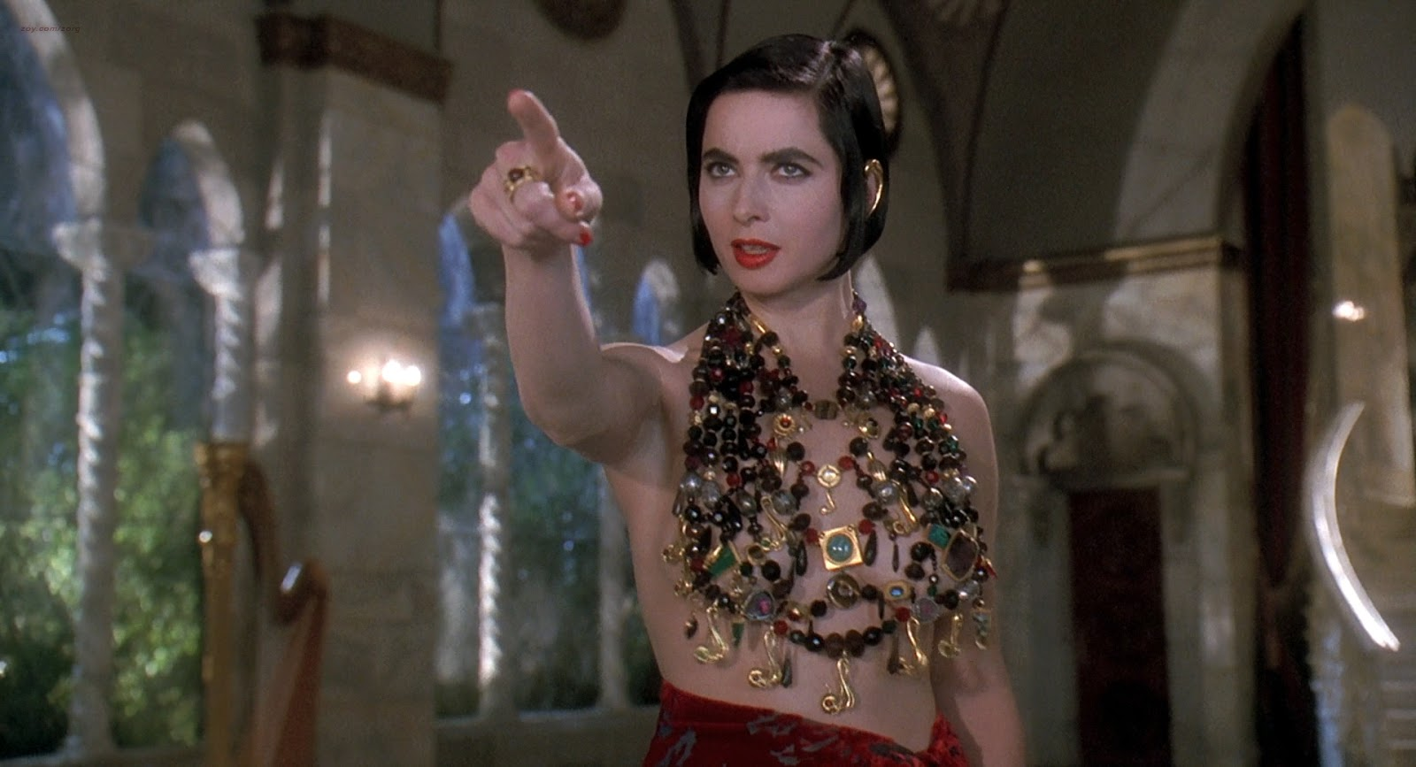 Isabella Rossellini, Catherine Bell Etc Nude Death Becomes Her