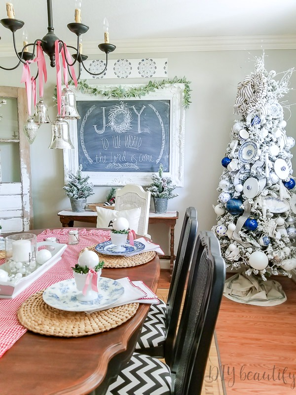 Christmas dining room shabby chic