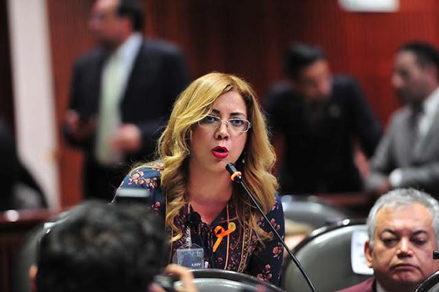 Paola González exige investigación y sanciones por presunto acto de corrupción en Conalep
