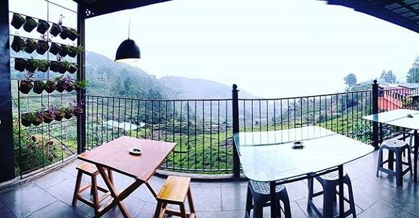 panorama dara cafe puncak pass bogor