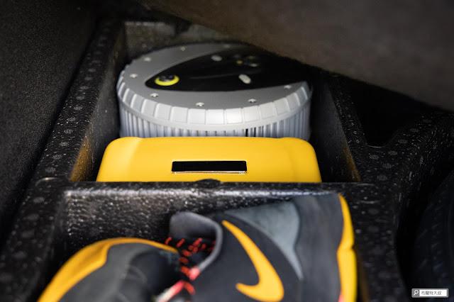 【開箱】汽油車、柴油車都能救,【開箱】汽油車、柴油車都能救,米其林 Michelin 汽車啟動行動電源 ML-8100 - 充氣機、救車電源完美收納,這下真是沒的挑惕了米其林 Michelin 汽車啟動行動電源 ML-8100 - 充氣機、救車電源完美收納,這下真是沒的挑剃了