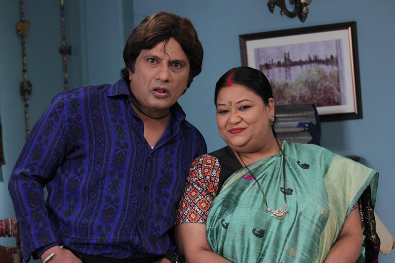 Feroz as Chatanki and Soma Rathod as Karuna from Show Jijaji Chhat Per Hain