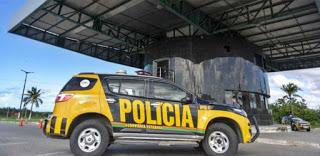 Durante blitz, policiais da PRE prendem dupla suspeita de executar pai e filha em Granja no Ceará