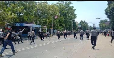 Aksi Demonstrasi di Kota Cirebon Ricuh,112 Pengunjuk Rasa Ditangkap