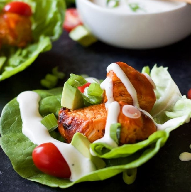 Grilled Buffalo Chicken Lettuce Wraps #lowcarb #keto