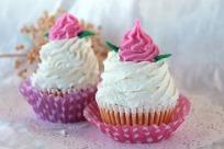 Jabon Cupcake Remolino Copete Flor Blanca (modelo especial)