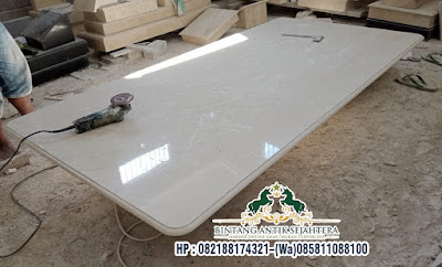 Model Top Table Marmer