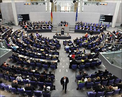 في عز الأزمة مع المغرب.. البرلمان الألماني يرفض مقترحين معاديين للمغرب وداعمين للبوليساريو