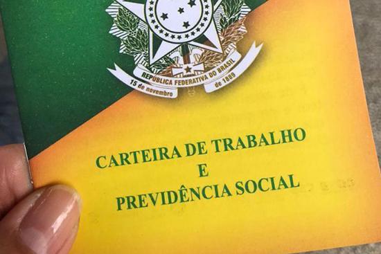 MP que previa o contrato verde e amarelo será reeditada