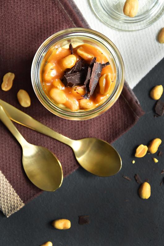 Nachtisch mit Erdnüssen
